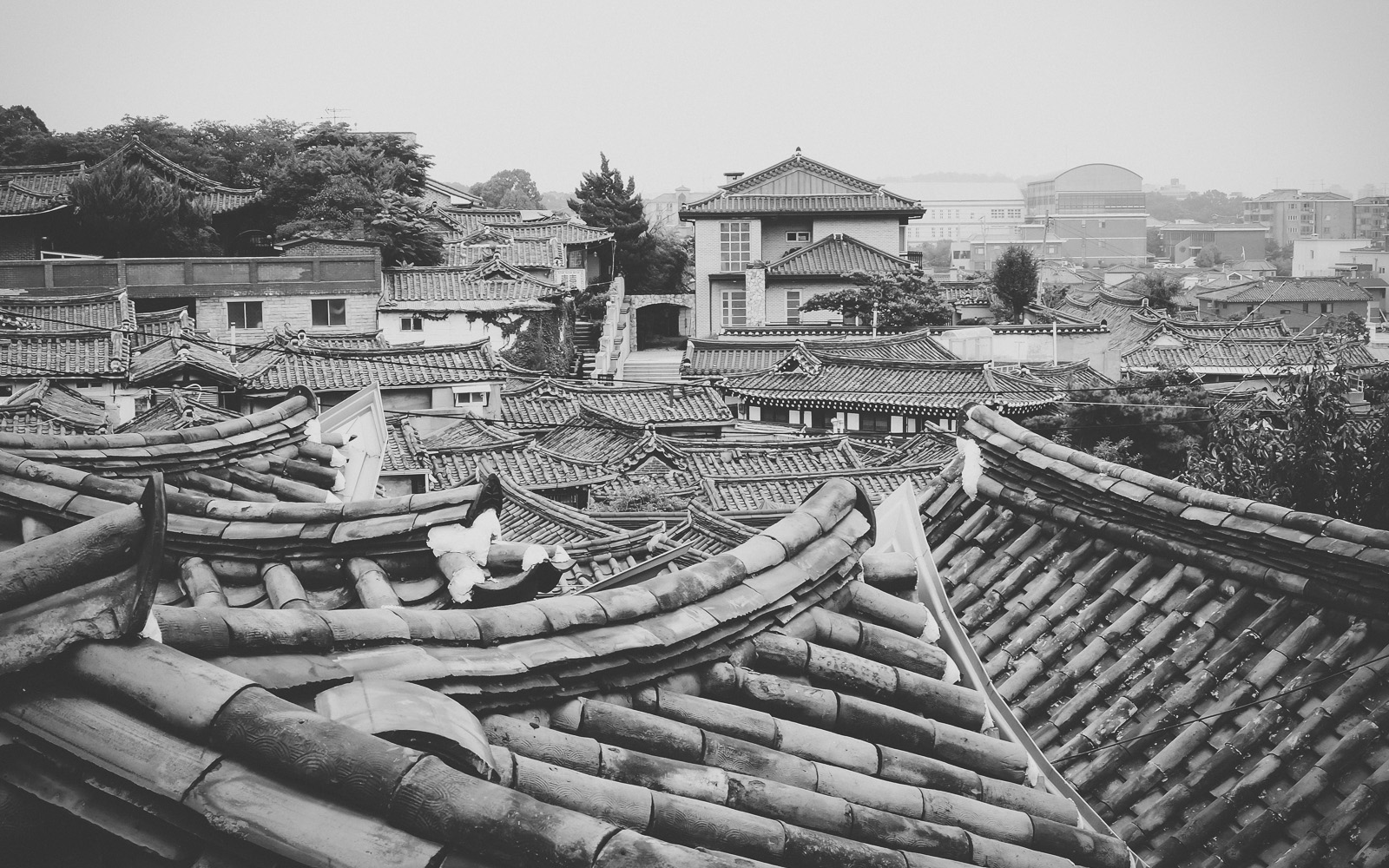 RKJ-0162Bukchon Village rooftops, South Korea